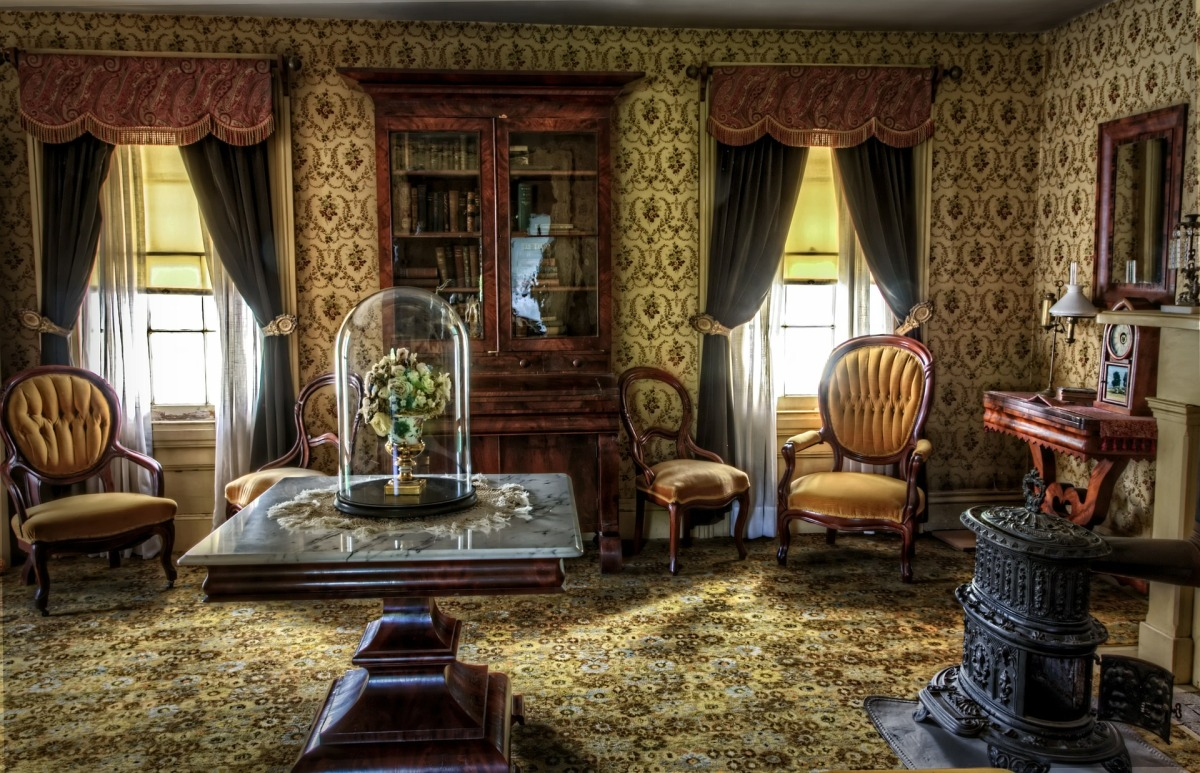 How To Decorate Your Home Like A True Victorian